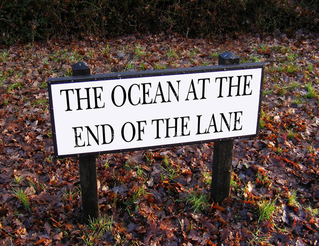 Neil Gaiman's hometown of Portsmouth are to rename a road in honour of his writing career. The road leading down to the sea will be renamed The Ocean at the End of the Lane!